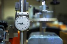 Thước đo cao -  Thiết bị đo lường không thể thiếu trong sản xuất