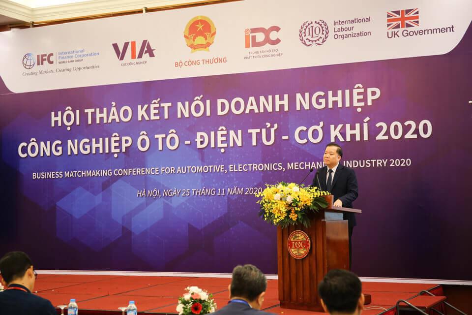 Phó Cục trưởng Cục Công nghiệp (Bộ Công Thương) Phạm Tuấn Anh phát biểu tại hội thảo