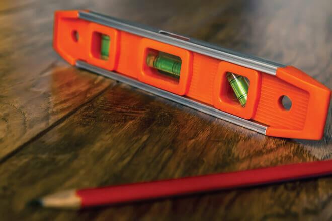 Thước thủy, nivo đo ngang, đo đứng, đo nghiêng, sử dụng như thế nào?