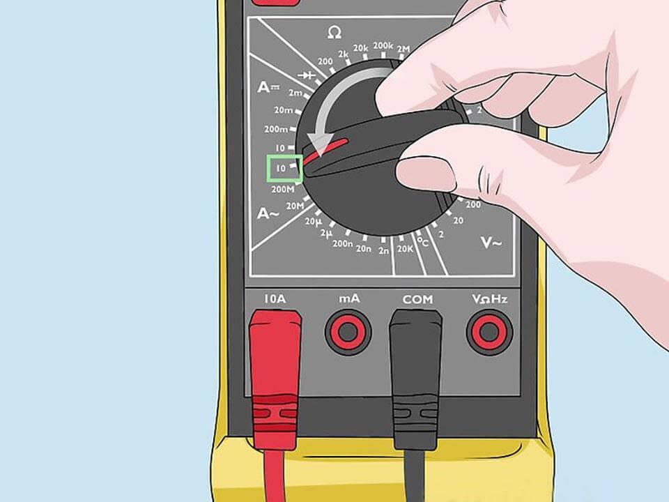 Di chuyển núm xoay đồng hồ đến vị trí đo dòng điện A