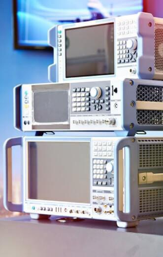 Thiết bị đo lường hiệu chuẩn tần số, vô tuyến điện tử