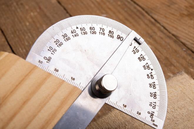 Hướng dẫn lựa chọn thước đo góc phù hợp với nhu cầu sử dụng