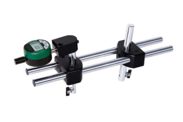 Đồng hồ so điện tử đo đường kính đỉnh ren trong Insize 2247-5