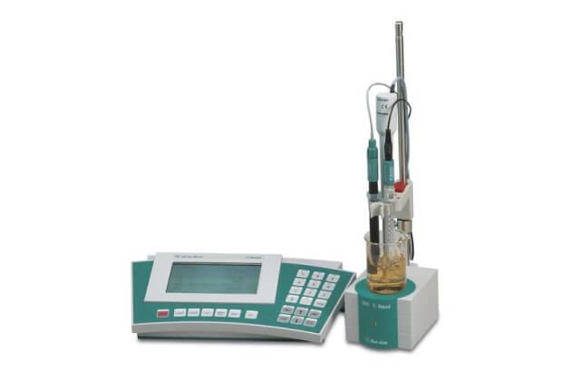 Máy đo pH/nhiệt độ/ORP/Ion để bàn Metrohm 781