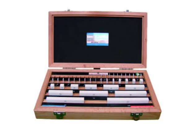 Bộ căn mẫu bằng gốm Metrology GB-C9038
