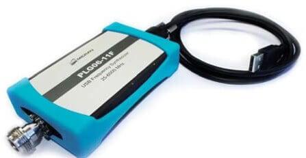 Máy phát tín hiệu cao tần USB đến 12 GHz PLG12_1