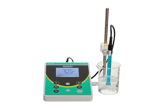 Bộ máy đo pH/nhiệt độ để bàn PH 550 Oakton WD-35419-30