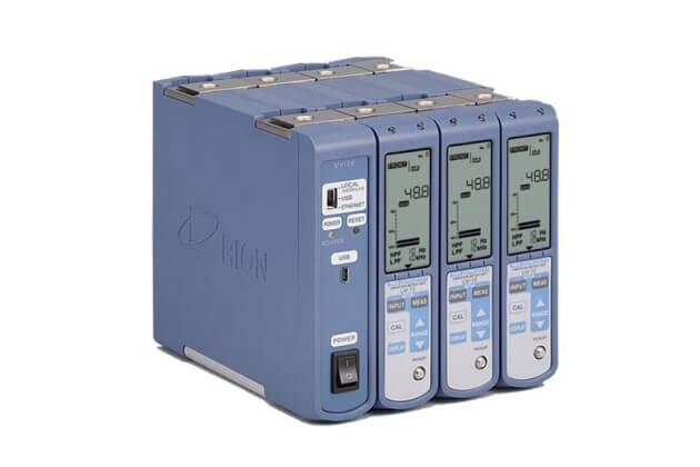Máy đo độ rung Rion UV-15