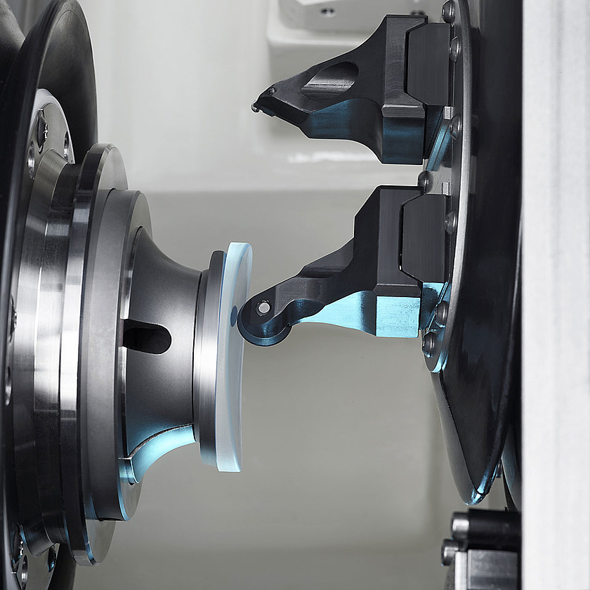 csm_ophthalmics-hsc-nano-xp-generating-twin-tool-schneider-optical-machines-1400x1400_de08056ff2